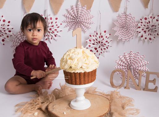 Quinn: Cake Smash Photoshoot