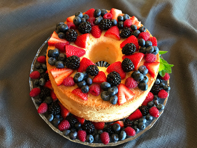 Linda's Angel Food Cake