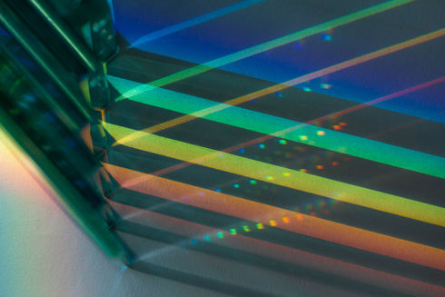 optical-grating-mastering-light-diffract