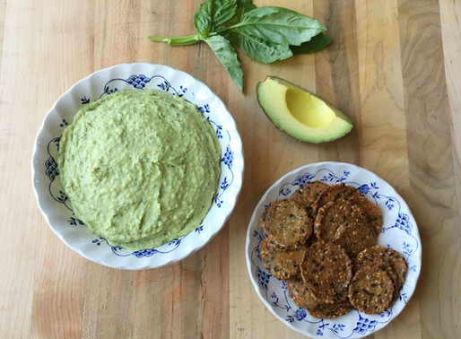 White Bean, Avocado & Basil Hummus