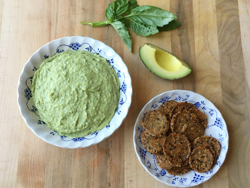 White Bean, Avocado & Basil Hummus