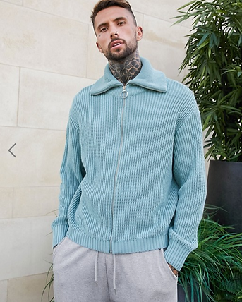 KNITTED.png