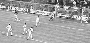 El penal indirecte, de Cruyff a Messi