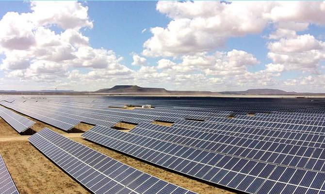 Imagem ilustrativa da usina fotovoltaica de Villanueva (México).