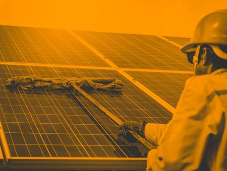 Manutenção de painéis solares: por que e como você deve realizá-la?