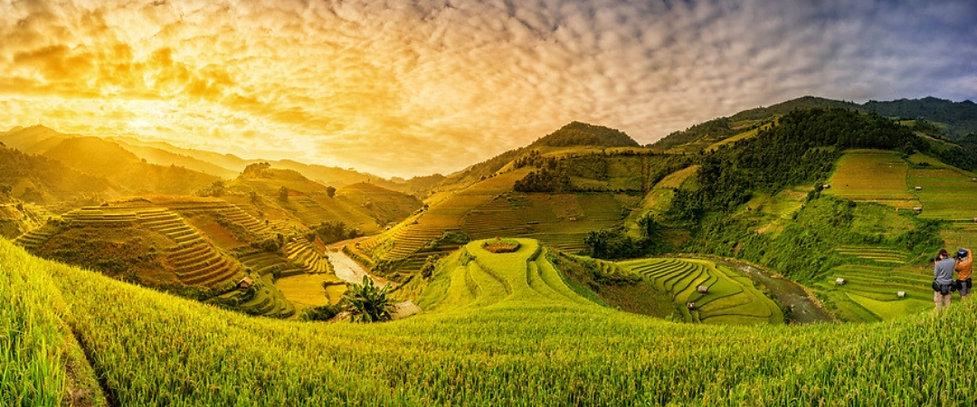 best-season-sapa-trekking-rice-fields-vi