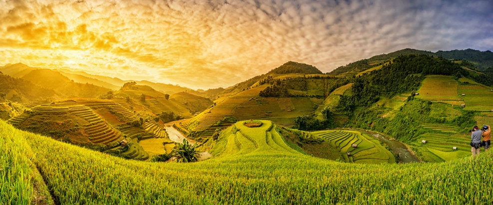 best-season-sapa-trekking-rice-fields-vi