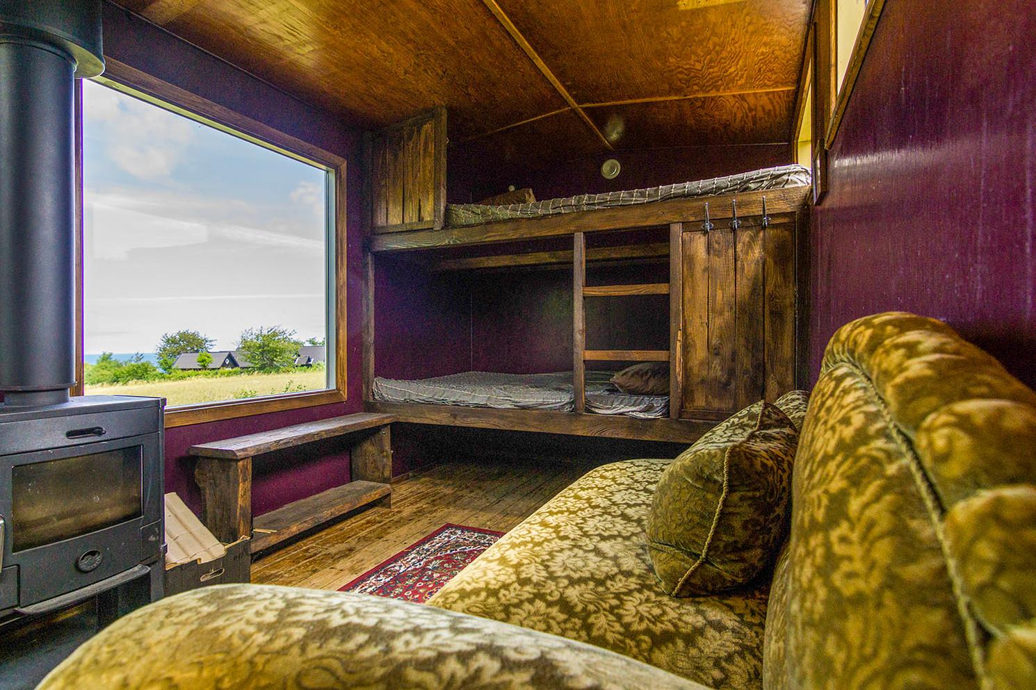 Small cabin 3.jpg