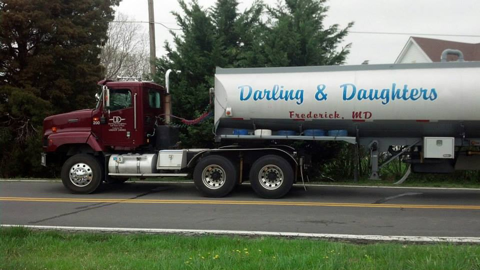Darling daughters swimming pool water frederick md bulk water for Bulk water delivery for swimming pools