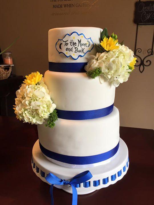 Simple & elegant summer floral wedding cake!
