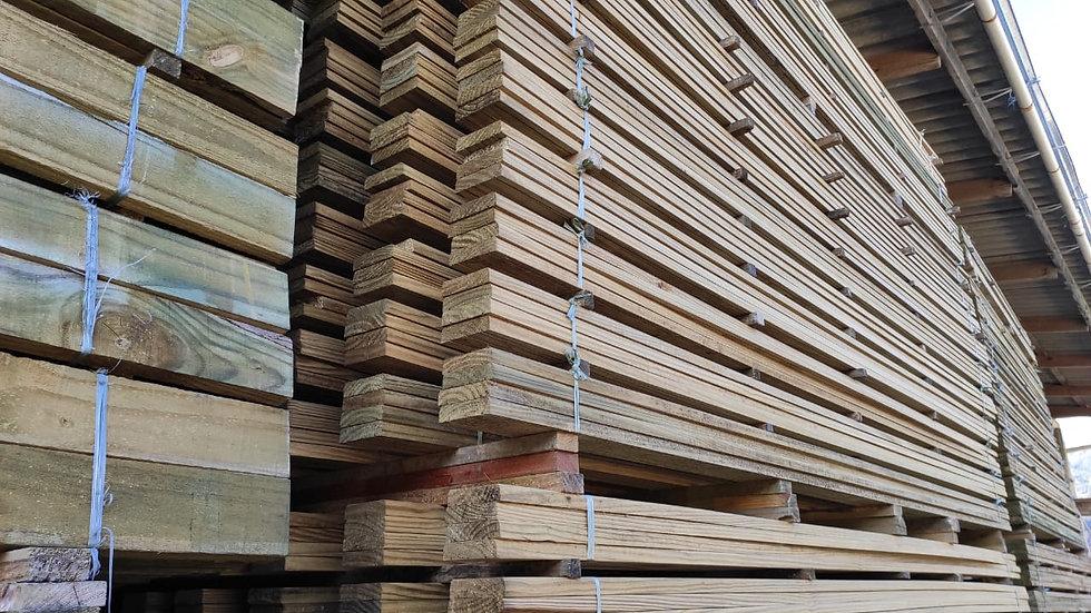 Deck com nó de pinus Altoclave 9X3