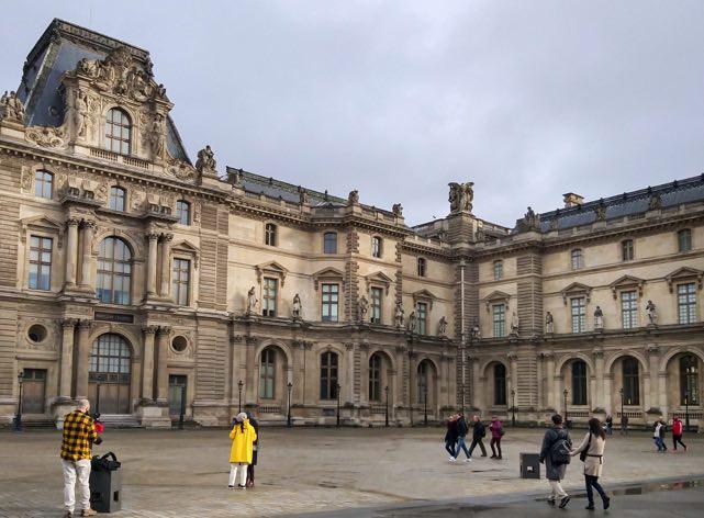 Paris_Trip_Emerald_Jan_2020-14.jpg