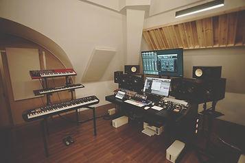 Studio Side 05.jpg