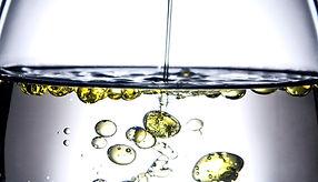 oil-in-water-glass_1600.jpg