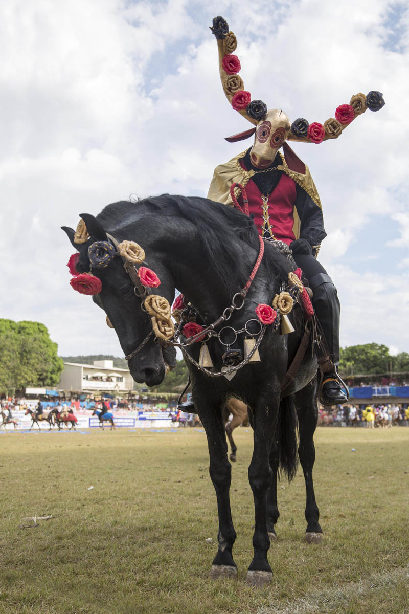 Cavalhada e Mascarados - Pirenópolis