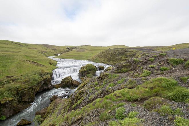 trilha atrás de Skógafoss