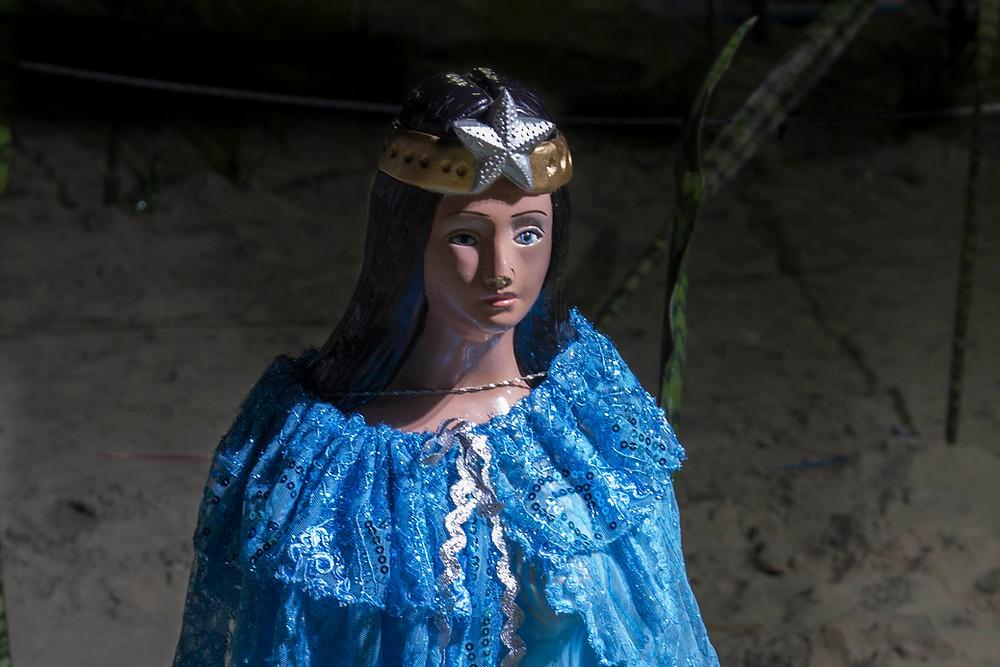 Estátua de Iemanjá durante cerimônia em sua homenagem na Praia Grande, litoral de São Paulo