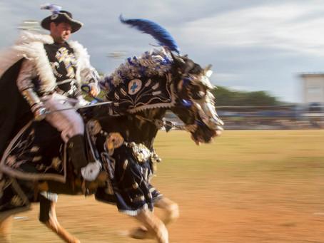 Uma batalha medieval representada anualmente no interior de Goiás