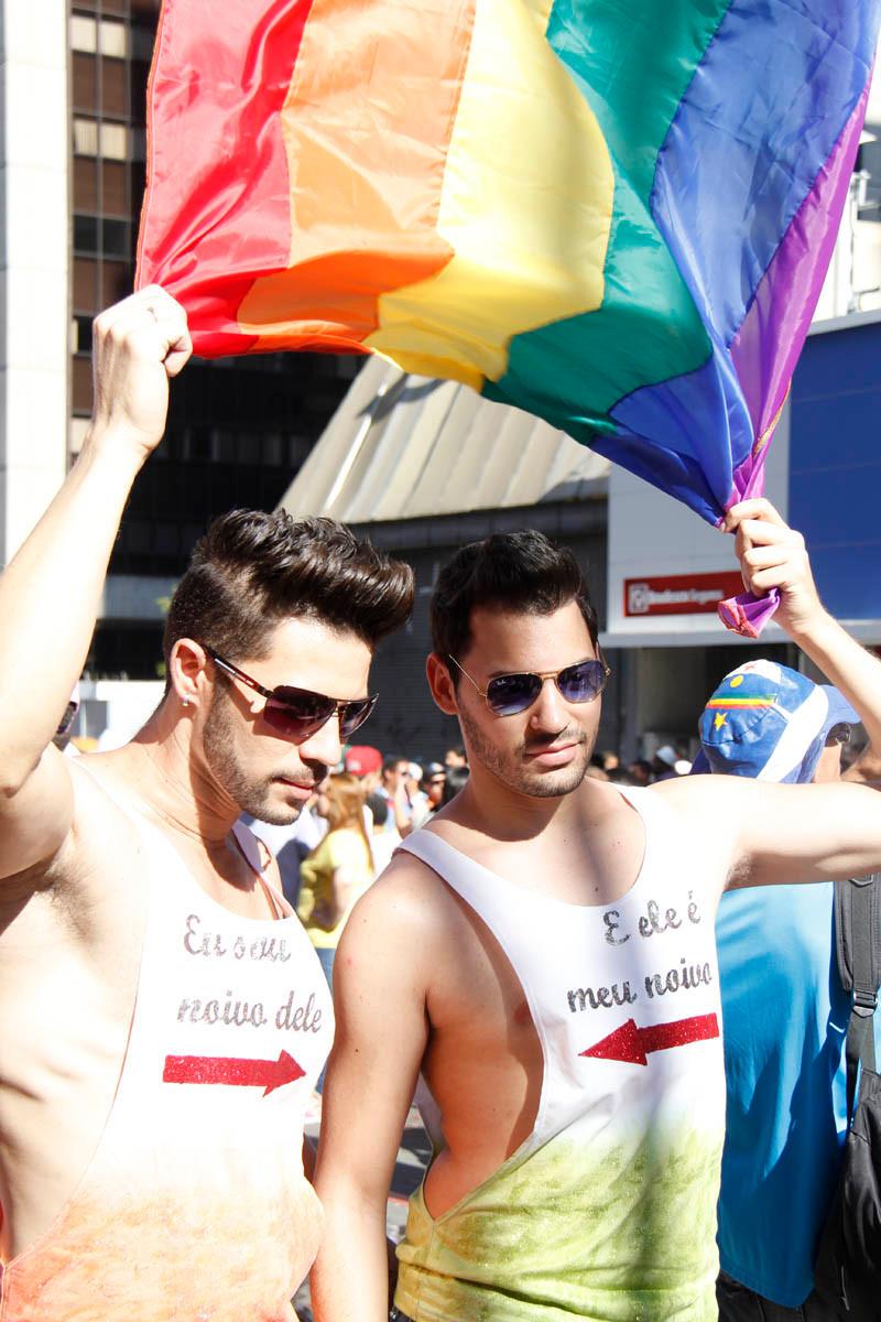 Participantes da Parada LGBT de São Paulo