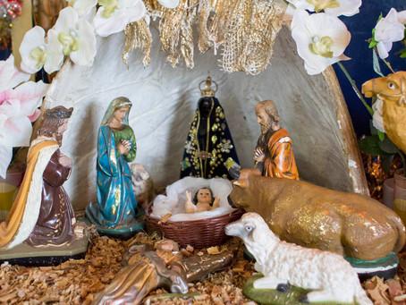 De casa em casa contando e cantando a história da visita dos Reis Magos ao menino Jesus