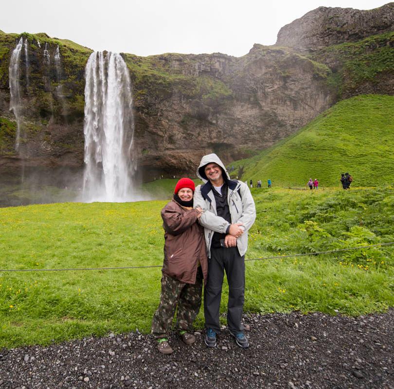 Le e Fer na Seljalandsfoss