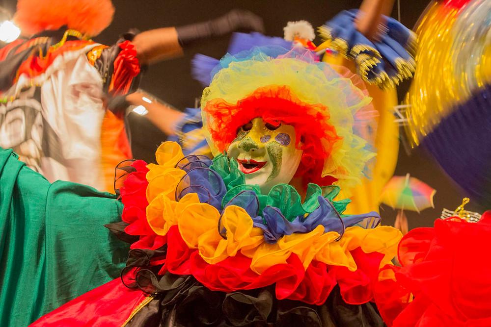 Grupo de Papangus de Bezerros (PE) no Festival de Folclore de Olímpia
