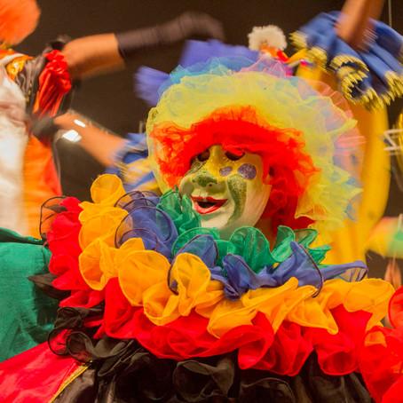 Quer conhecer dezenas de manifestações folclóricas ao mesmo tempo? Visite o Festival de Olímpia!