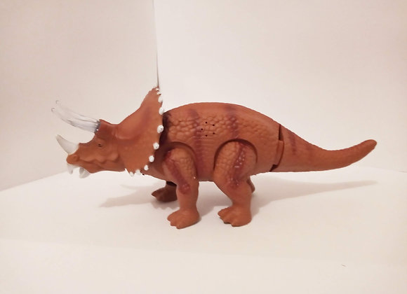 TRICERATOPS MOVIL