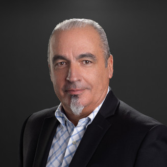 Armando Colls