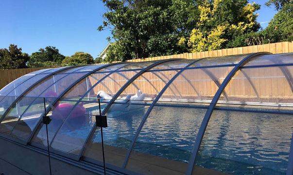 outdoor-swimming-pool-enclosures-model-D-1.jpg
