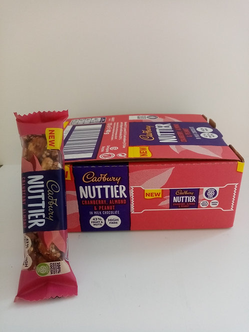 Cadbury Nuttier Cranberry, Almond & Peanut