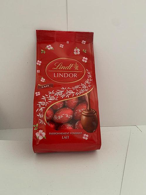Lindt lindor red eggs