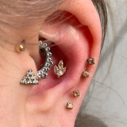 conch with danila tarcinale 'louis' stud