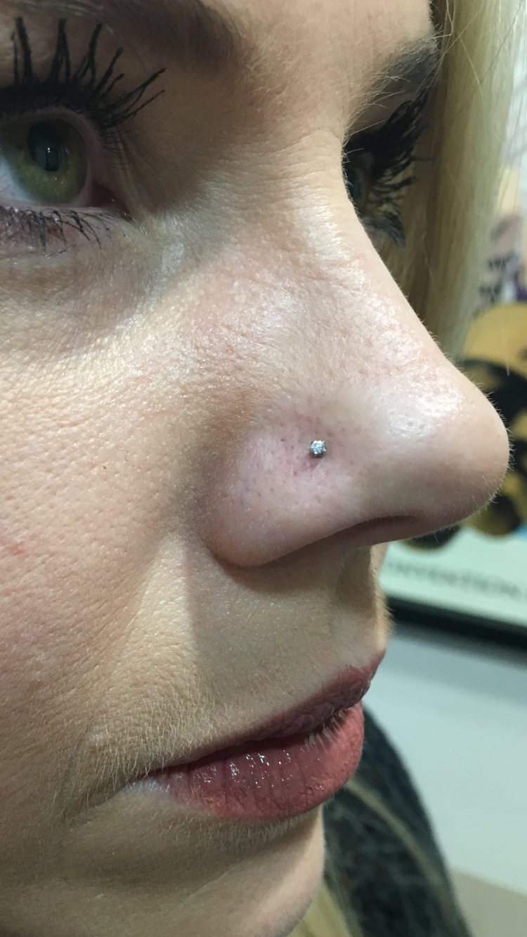 nostril with prong set swarovski from ne