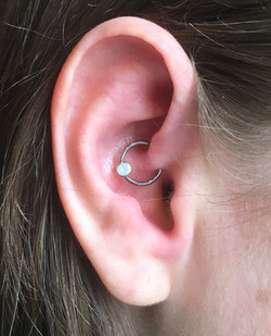 daith with white opal BCR from qualiti .