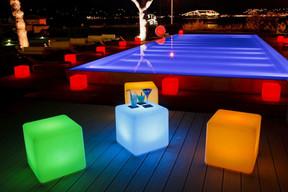 Преимущества LED мебели над мебелью из ротанга