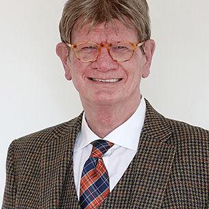 Peter Lückemeier Journalist Autor Ballcom Medientraining Frankfurt Co Moderator 3 kluge Köpfe Talksendung