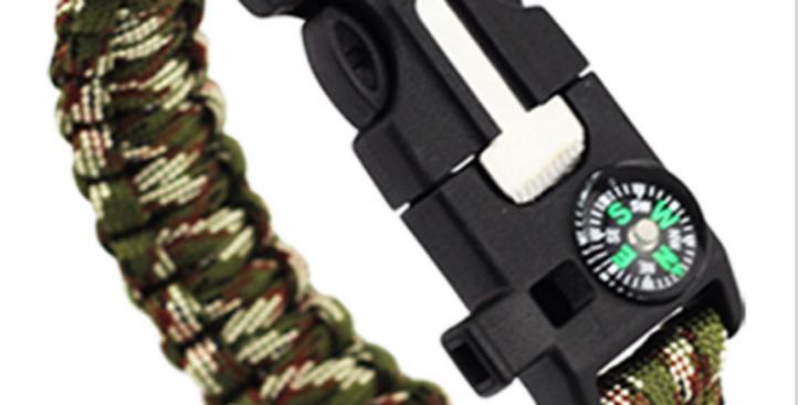 Paracord Survival Bracelet
