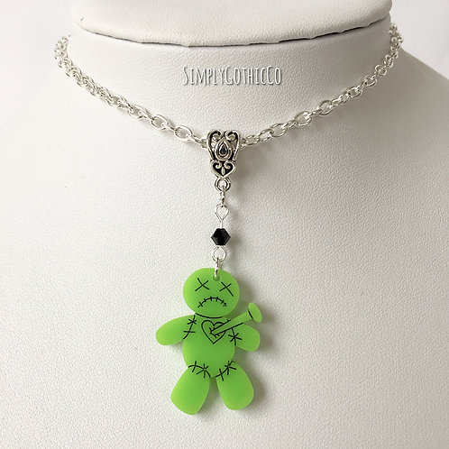 Gothic Voodoo Doll Necklace (Green)