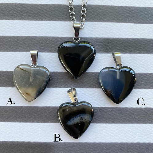 SECONDS - Gothic Black (Dyed) Agate Heart Necklace