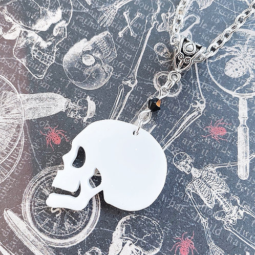 Gothic Side Skull Necklace