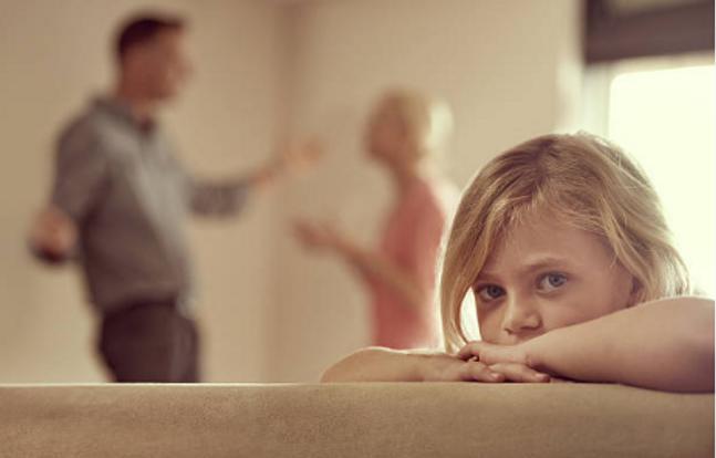 qui parle  Les parents ou le couple.png