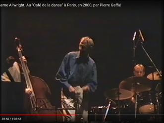 """Graeme Allwright : concert du """"Café de la danse"""" à Paris. Souvenirs"""