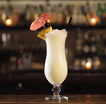 Draaanks-Pina-Colada-cocktail.jpeg