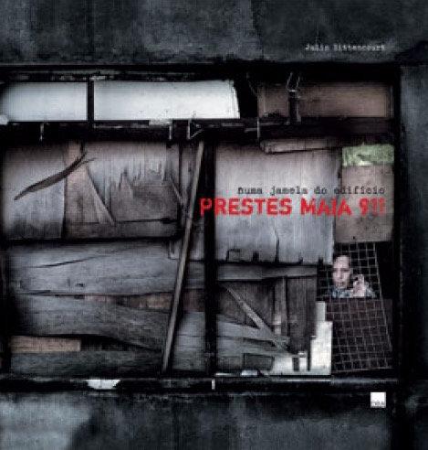 Numa janela do Edifício Prestes Maia 911 - Julio Bittencourt