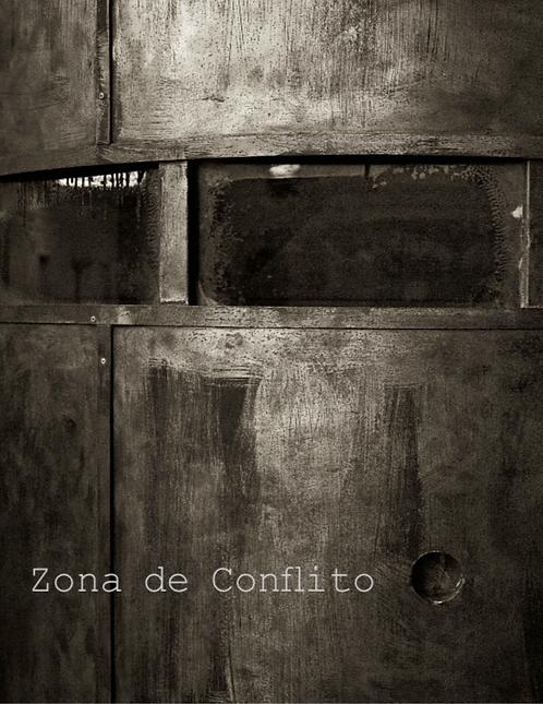 Zona de conflito - Karen Caetano