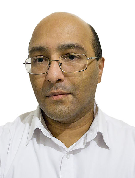 SkinPharma Aesthetics Director: Mr Vivek Kuvelker