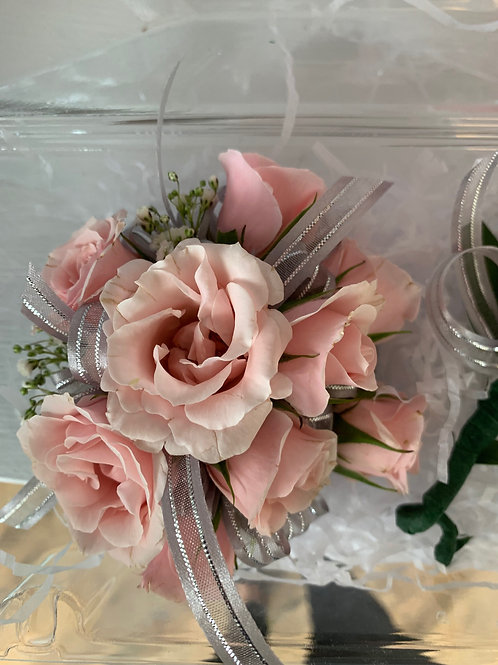 Corsage set: Roses & Roses