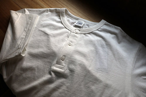"""""""ONC HENRY NECK TEE"""" THE UNION / THE FABRIC"""