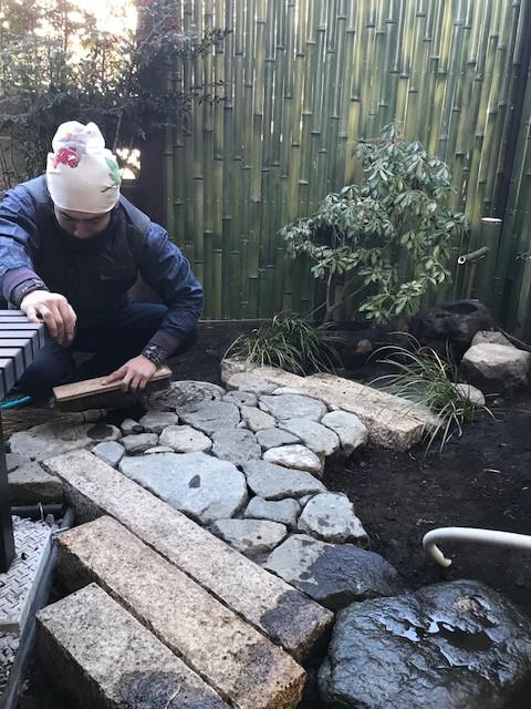 坪庭造り 延べ段・飛び石・蹲踞7